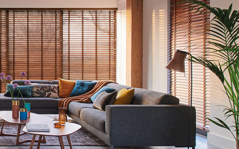 Free Hanging Wooden Blinds