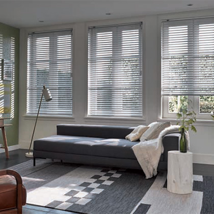 Free Hanging Venetian Blinds