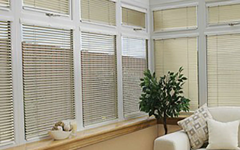 INTU® Venetian Blinds
